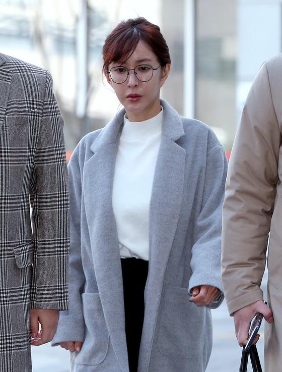 [N디데이] '징역 1년 구형' 슈, 오늘 선고일…해외상습도박혐의 형량은
