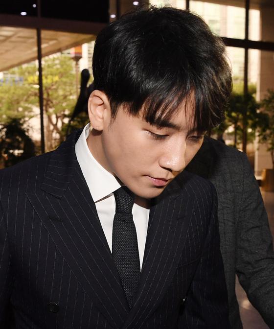 """[공식입장] YG 측 """"승리 호텔비 법인카드 결제? 개인 비용 본인 부담"""""""