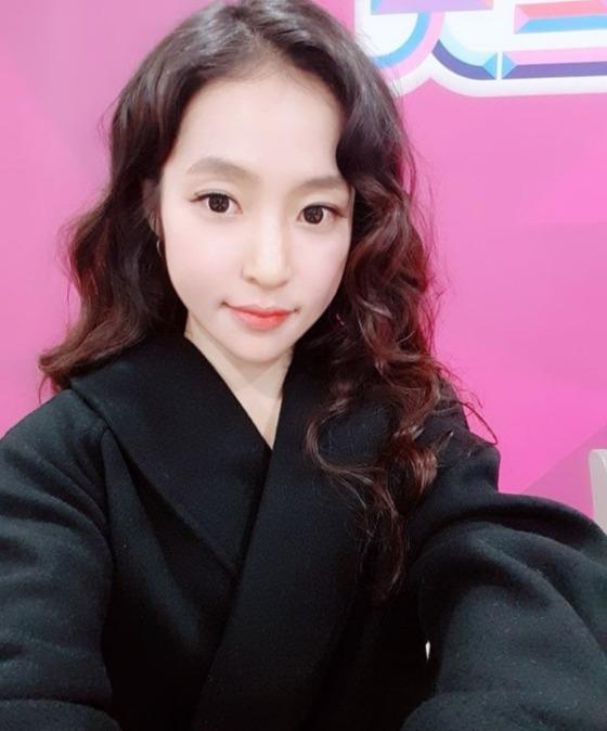 "[N이슈] '미스트롯' PD ""홍자 스타성 有, 깜짝 놀랄 실력 보여줘"""