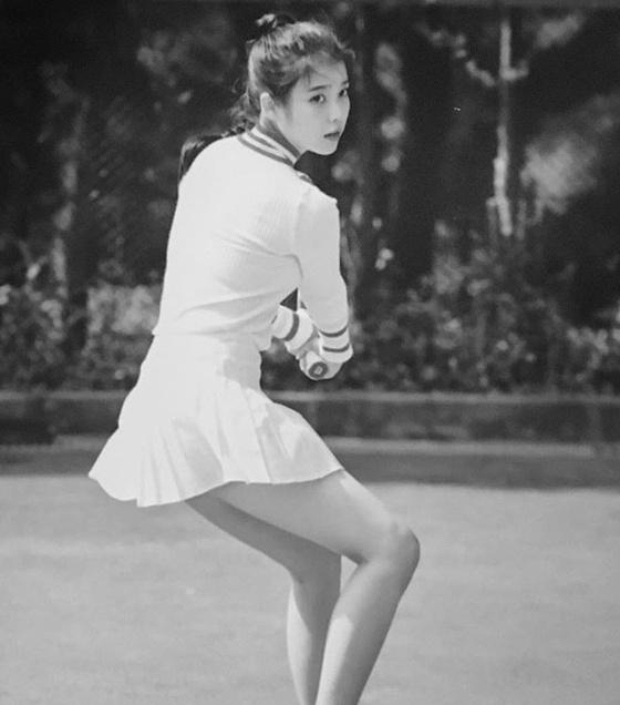 '페르소나' 아이유, 테니스 의상도 '찰떡 소화'