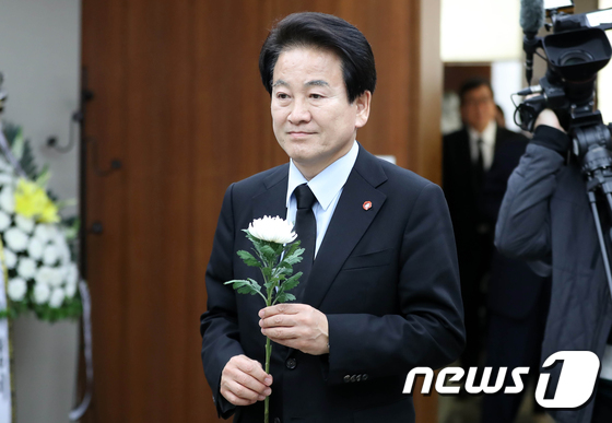 정동영 대표, 고 김홍일 전 의원 빈소 찾아 조문