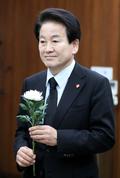 고 김홍일 전 의원 빈소 찾은 정동영 대표