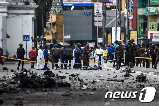 스리랑카 테러 사망자 수 하향조정…359명 --> 250~260명