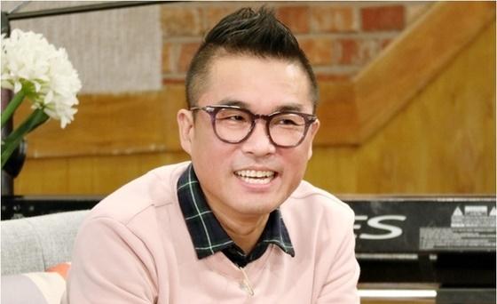 """김건모 측 """"성폭행 의혹 사실무근 법적대응"""" vs 가세연 측 """"9일 고소""""(종합)"""