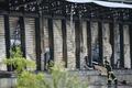 [사진] 佛 열차선로 화재로 타버린 창고 건물