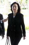 '세월호 특조위 방해혐의' 조윤선 전 정무수석, 공판 출석