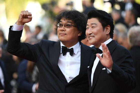 [N칸현장-속보] 봉준호 '기생충', 칸영화제 황금종려상…韓 영화 역대 첫 수상