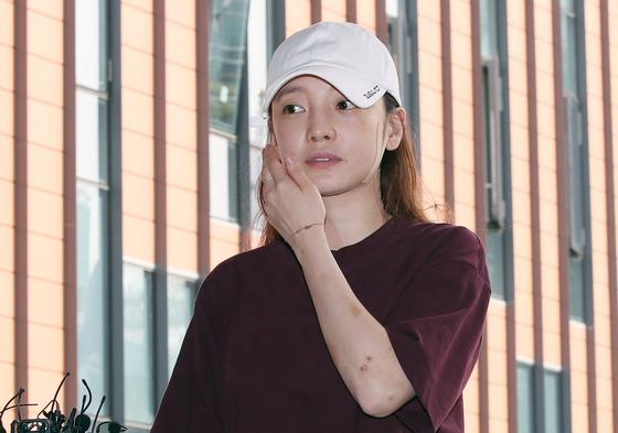 구하라, '상해·협박' 혐의 전남친 공판 증인 출석…비공개 진행