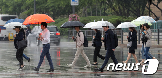 비오는 출근길