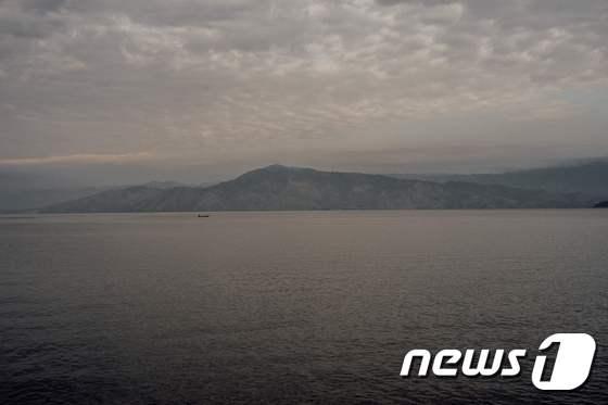 민주콩고에서 선박 전복…30명 사망·100여명 실종