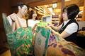 신세계백화점, 페트병으로 만든 친환경 장바구니