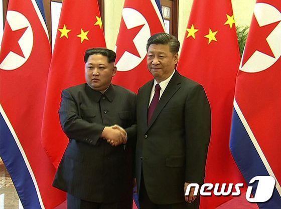 시진핑·김정은, 14년만의 \'평양 북중정상회담\' 진행