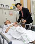 황교안 대표, 보훈병원 방문해 6.25참전용사 위로