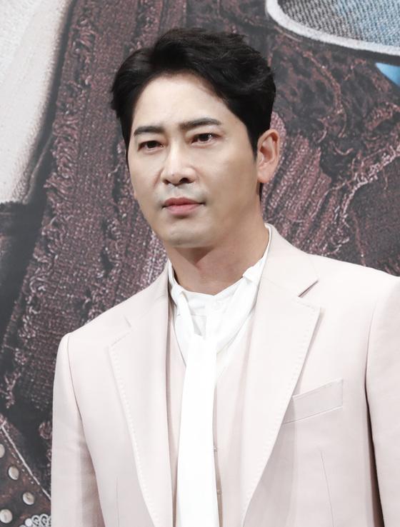강지환, 성폭행 혐의 긴급체포