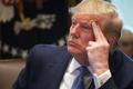 [사진] 각료회의서 발언듣는 트럼프 대통령