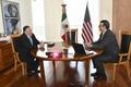 [사진] 멕시코 외무 장관과 회담하는 폼페이오