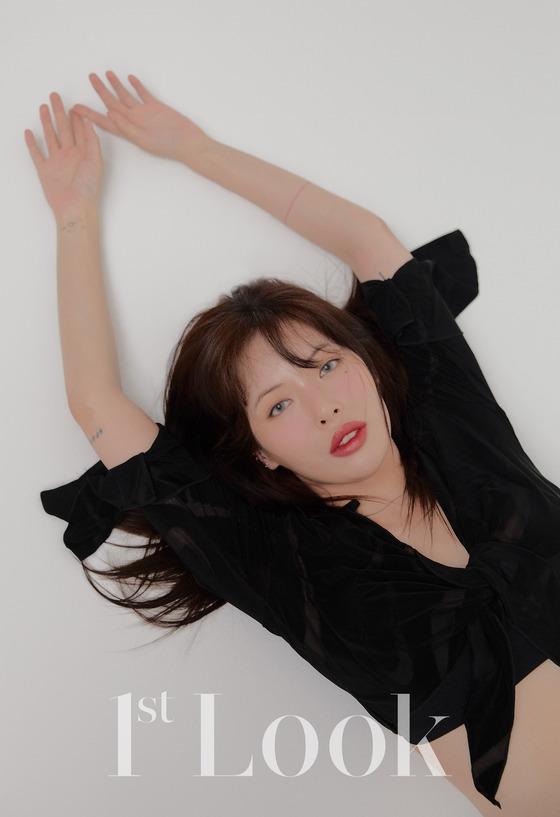 [N화보] 현아, 90년대 디바 변신…당당한 섹시美