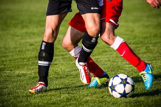 무릎 아프면 관절염? 연령별 '무릎 통증' 원인이 다르다