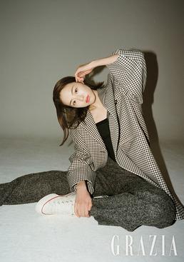 '화보 장인' 이연희, 시크함으로 만들어낸 독보적 분위기