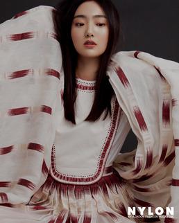 김혜준, 꽃처럼 만개한 미모...신비로움 가득한 매력