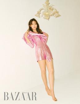 유인영, 자체발광 9등신 섹시 미녀...쭉 뻗은 각선미+러블리 미모