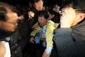 진천 군민들의 거센 항의받는 복지부 차관