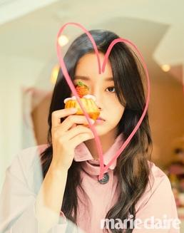 '봄의 여신' 혜리, 화사→시크 다 갖춘 로맨틱 스프링 룩