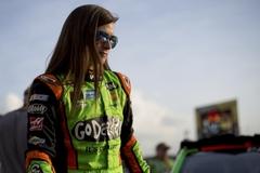 NASCAR 주가 높이는 여성 드라이버