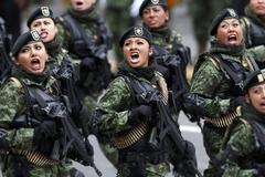 멕시코 여군의 기개