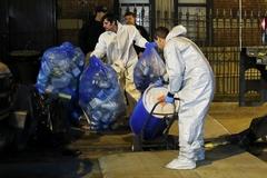 뉴욕 첫 에볼라 감염자 집 폐기물 처리반