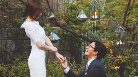 배용준-박수진 결혼, '무릎꿇고 프러포즈'