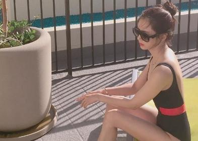 한채아, 수영복 자태 공개 '섹시미 물씬'