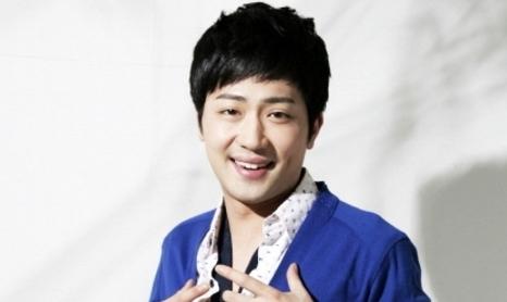 """박현빈 """"재활 치료 꾸준히 하고 있어…아내에게 감사"""""""