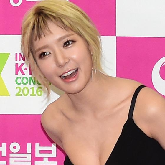 AOA 초아, '글래머 몸매 한껏 과시하며~'