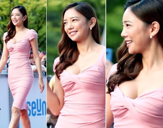 이태임, '글래머 몸매 드러낸 핑크빛 밀착 드레스'