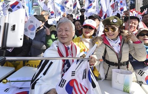탄핵 기각집회 참석한 서석구 변호사