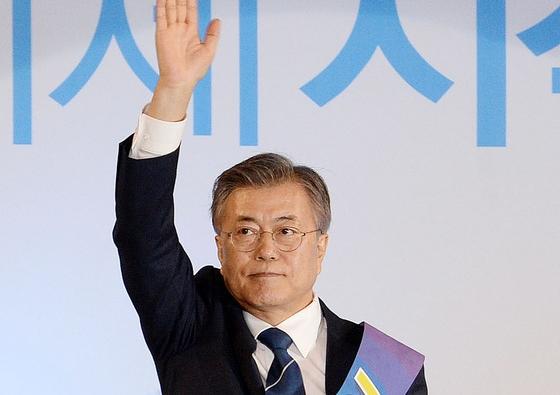 안희정 안방 충격패…문재인 충청 47.8% 1위