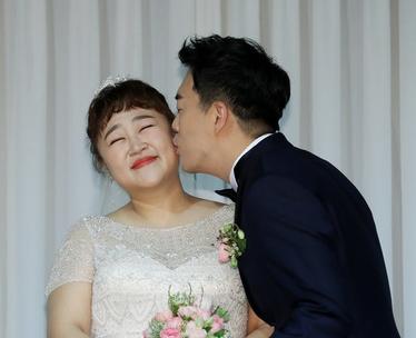 홍윤화·김민기 '개그맨 부부 탄생'