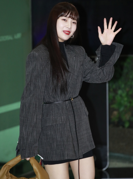 레드벨벳 조이, 사랑스러운 인사