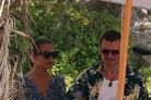 [N1★할리우드] 마이클 패스벤더·알리시아 비칸데르, 부부 됐다…이비자 결혼식