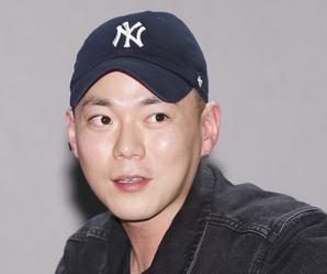 """'군입대' 지소울 """"나라 지킨다는 프라이드...열심히 할 것"""""""