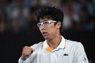 난시 치료 위해 라켓 잡은 정현, 한국 테니스사 새로 썼다