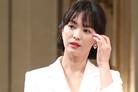 """[공식입장] 송혜교 측 """"뉴욕 아트센터 등록? 개인적인 일, 확인 어려워"""""""