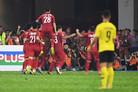 적진에서 잘 싸운 박항서의 베트남… 스즈키컵 결승 1차전서 2-2