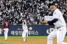 KS로 이어진 '미라클 두산', 역대 최초 2경기 연속 끝내기 승리