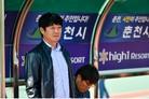 강원, 김병수 감독과 다년 계약…'병수볼' 돌풍 잇는다