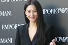 수현, 결혼 후 첫 공식석상 나들이…새 신부의 러블리 미소