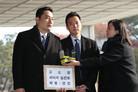 """'A씨 대리 고소' 강용석 """"사과 원해"""" vs 김건모 측 """"변호사 선임했다, 법 대응""""(종합)"""