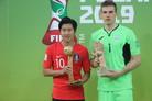 [U-20 월드컵] 준우승하고도 골든볼…'용문' 오른 이강인에 반했다
