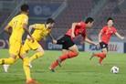 올림픽까지 남은 1승…김학범호, 호주와 득점 없이 0-0 전반 종료